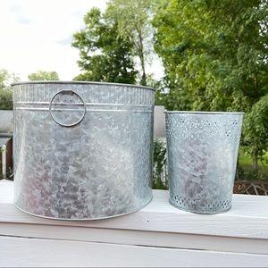 Ashland Galvanized Bucket Planter Set Of 2